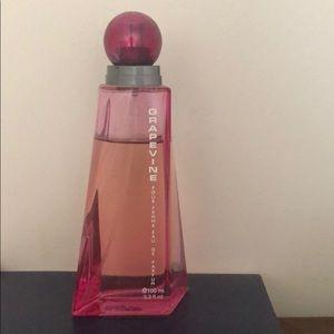 Grapevine fragrance